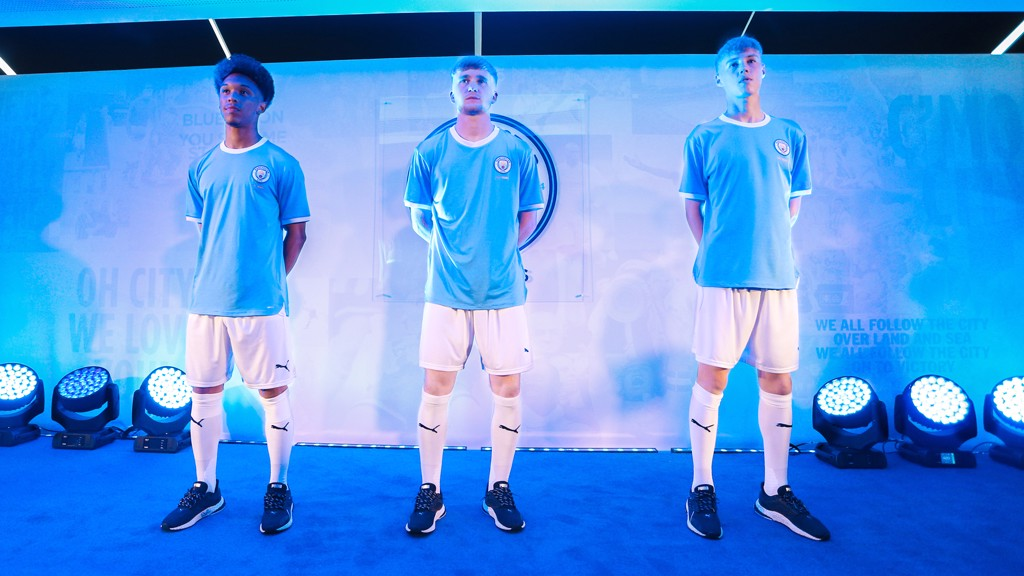 buy popular 93d33 2f32d Gallery: 125 Year anniversary kit revealed - Manchester City FC