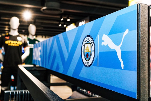 Fans flock to new-look CityStore - Manchester City FC