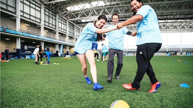 PASS & MOVE – Young Leaders test out exercises for different age groups