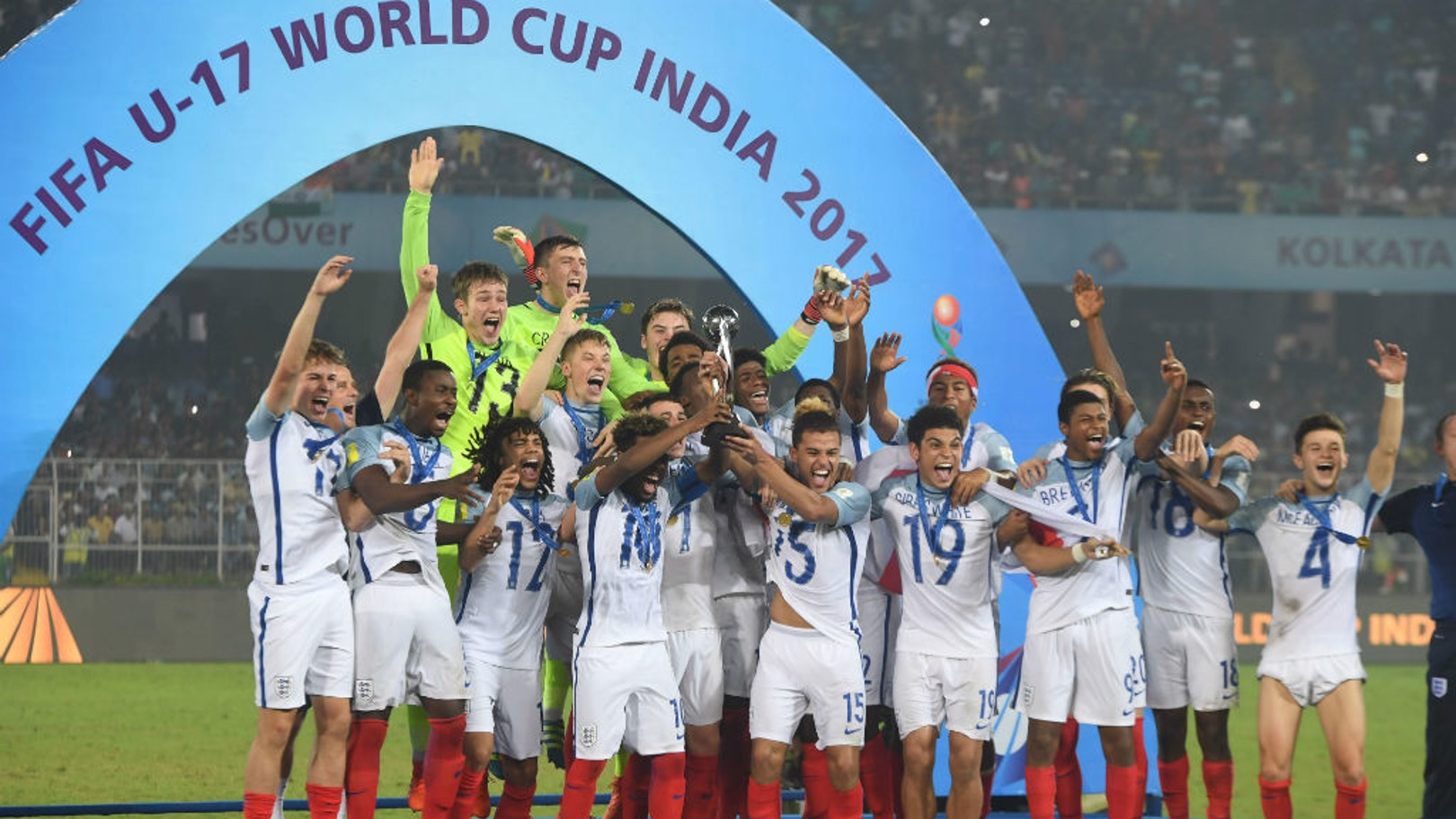 PRIZE GUYS: England U17s lift the World Cup