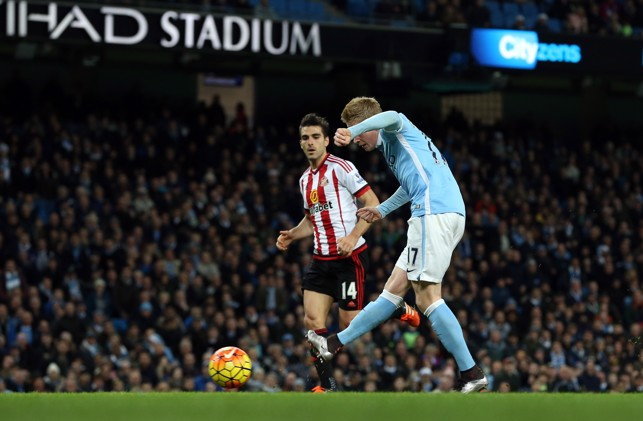 COMPOSURE: De Bruyne expertly slots home against Sunderland in 2015