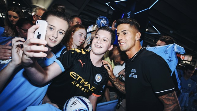 SELFIE TIME: Snaps with the supporters