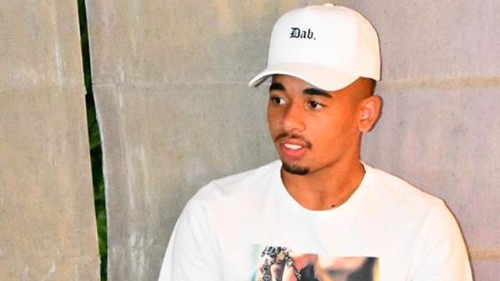 CHILLING: Gabriel Jesus in chill mode