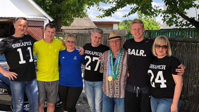 SMILES: Zinchenko is back home in Ukraine with his family