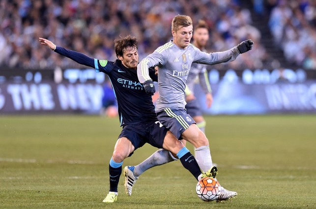 2015: David Silva up against Real Madrid's Toni Kroos.
