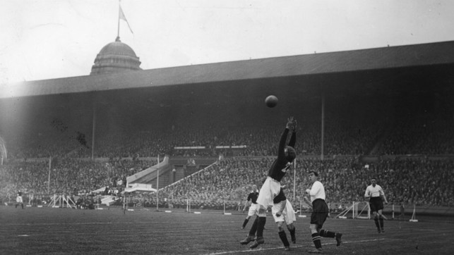 1933: In this year, City were runners up at Wembley to Everton when the Toffees won 3-0.