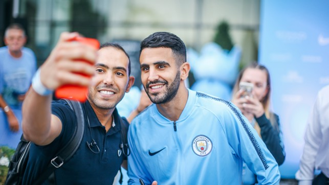 SELFIE TIME: Pictures with the fans.