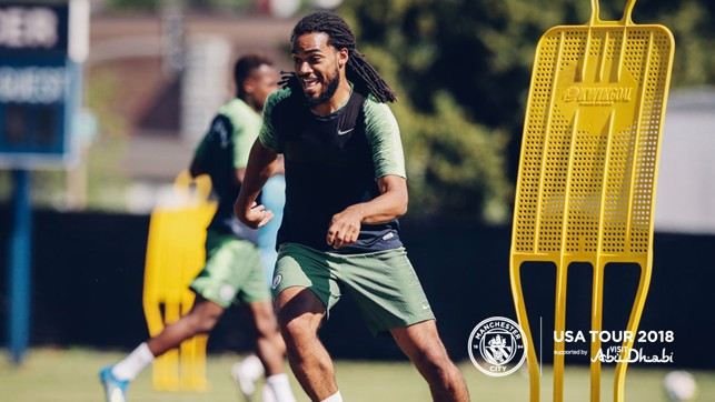 FLEX: Denayer working on his flexability