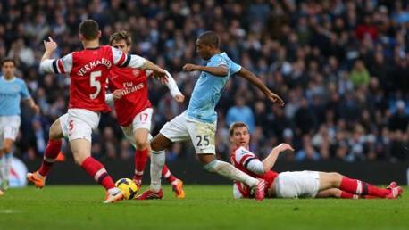 SEMBILAN: Enam gol bersarang ke gawang the Gunners pada 2013