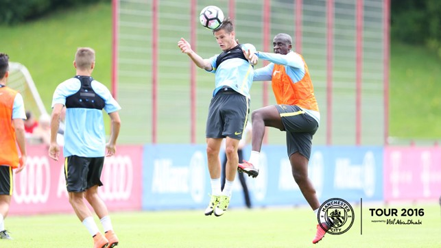 BATTLE: Bruno Zuculini and Yaya Toure fight for possession