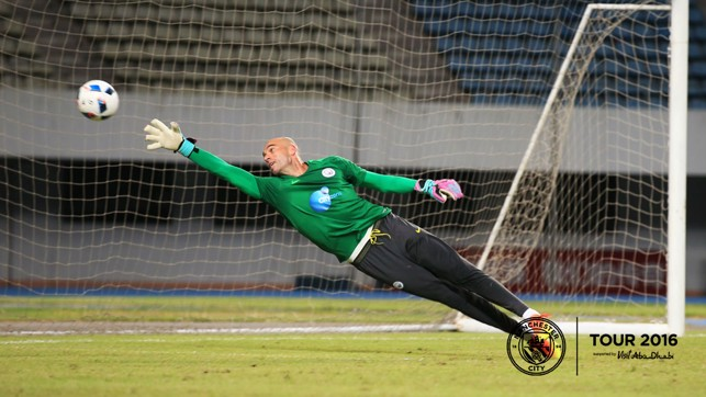 SUPERMAN: Willy Caballero takes off.