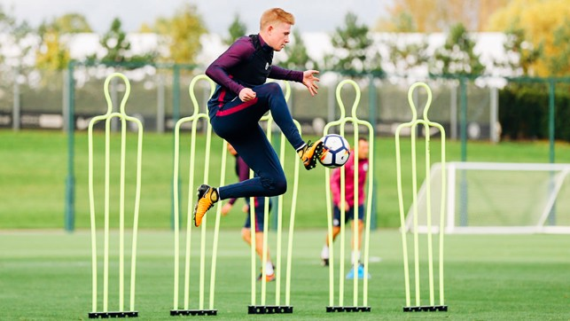 FLYING BELGIAN: Kevin De Bruyne takes flight to control