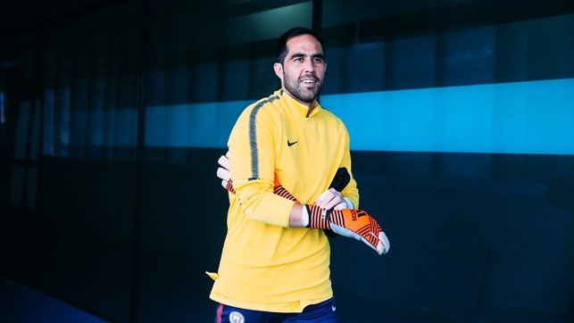 READY TO GO: Claudio Bravo