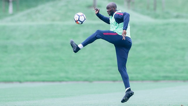 ACTION SHOT: Mangala strikes a mid-air pose!