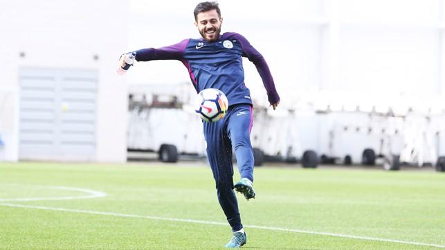 KEEP UPS: Don't let that ball drop, Bernardo.