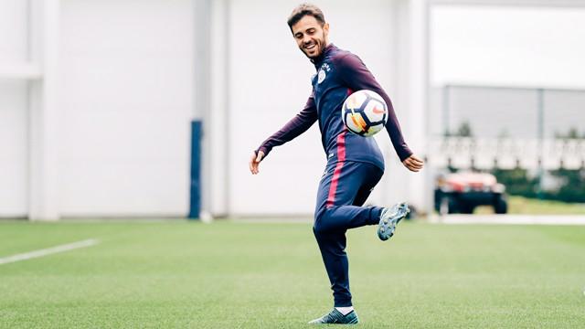 SKILLS: Nice footwork, Bernardo.