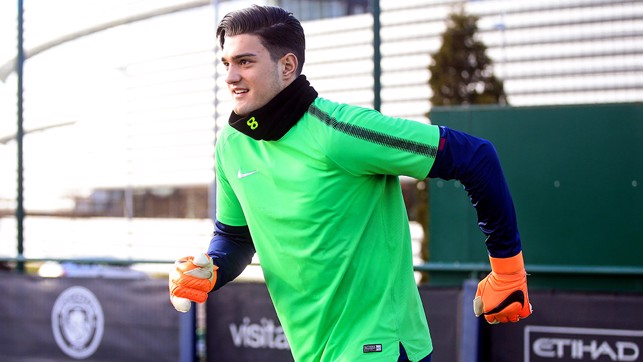 SUPER ARO: Someone's eager for training!