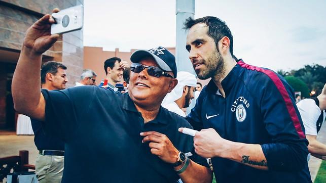 BRAVO, BRAVO: Claudio stops for some fan time