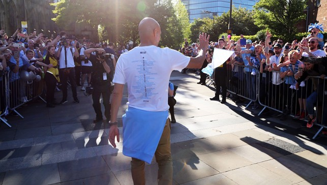 Pep meets the fans