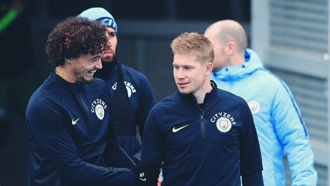 CALL OF DUTY: Philippe Sandler and Kevin De Bruyne prepare for training