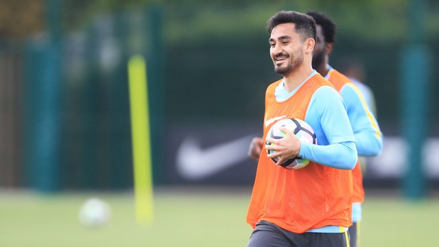 HANDBALL: You're a midfielder not a 'keeper, Ilkay!