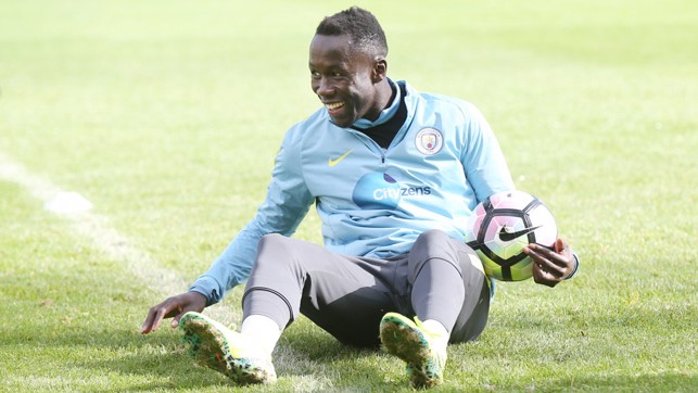 JOYEUX: Fun and games for Bacary Sagna
