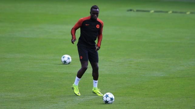 FOCUS: Bacary Sagna tunes up