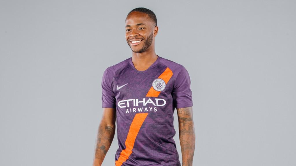 Man City third kit launch 2018 19 - Manchester City FC 5823cd789