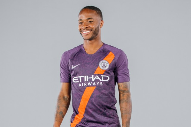 WING COMMAND  Raheem Sterling dons City s new third kit 83152929f
