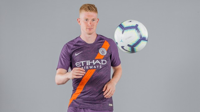 STAR IN STRIPES: Kevin De Bruyne and City's new third kit make the perfect match