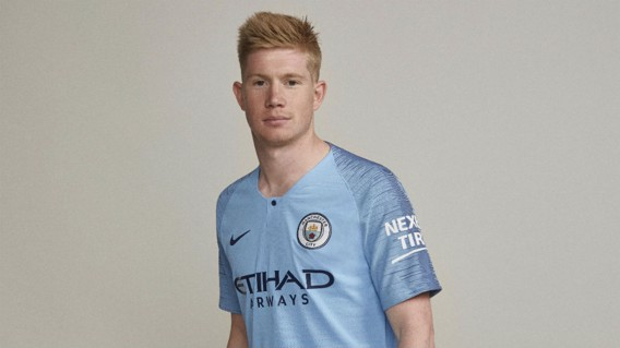 City star Kevin De Bruyne models the shirt