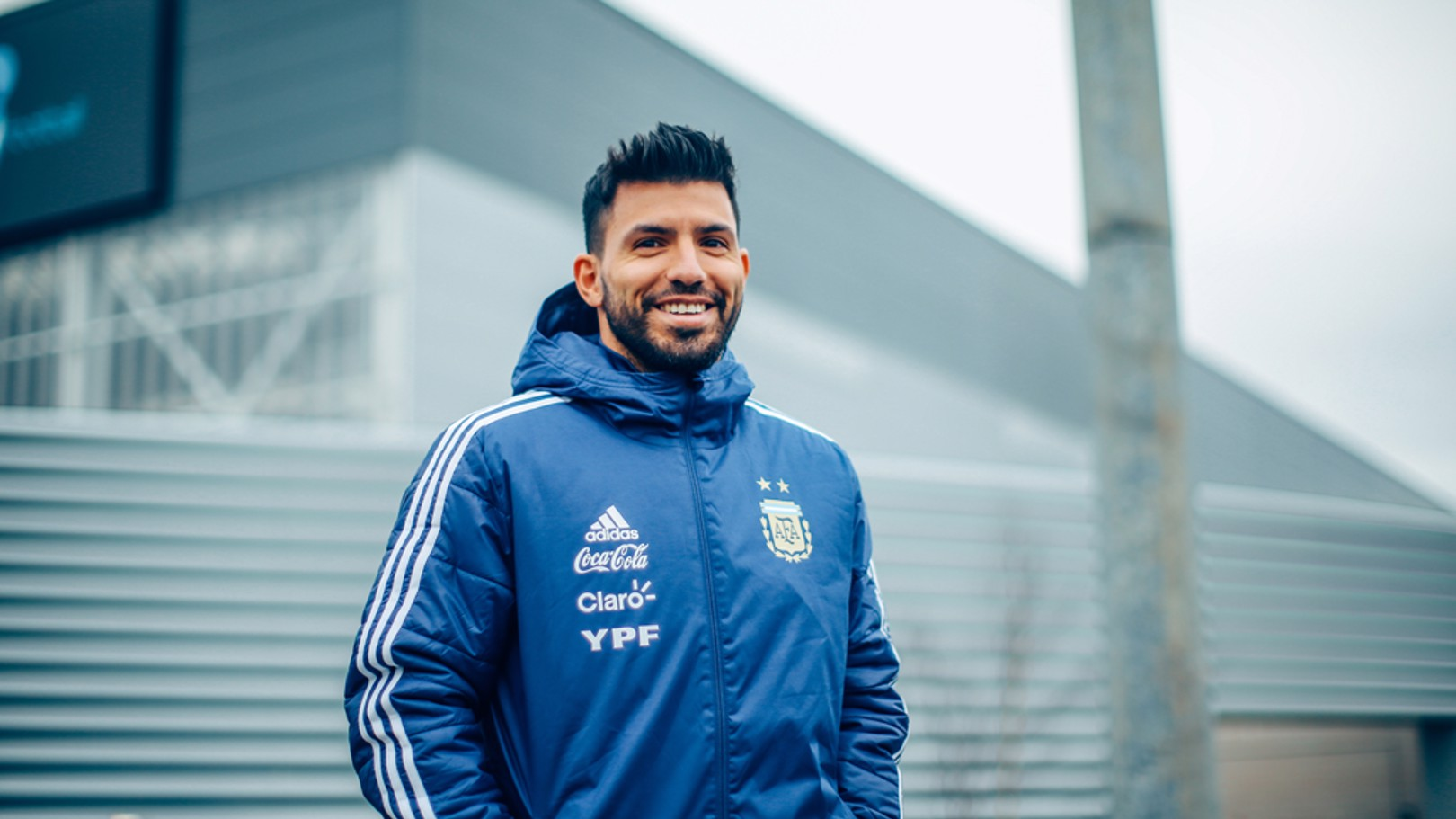 CITY SMILE: Sergio spots our camera