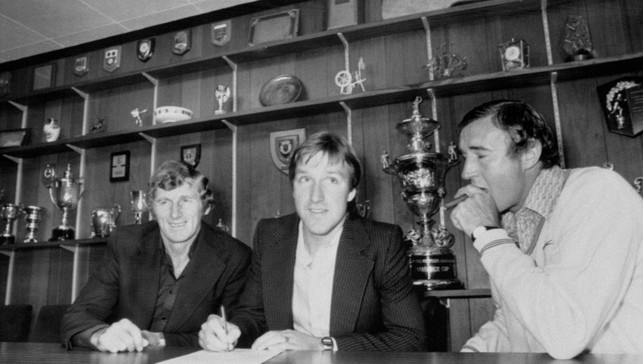 1979: Steve Daley, flanked by Tony Book and Malcolm Allison, briefly becomes Britain's most expensive signing at a fee of approximately £1.43m