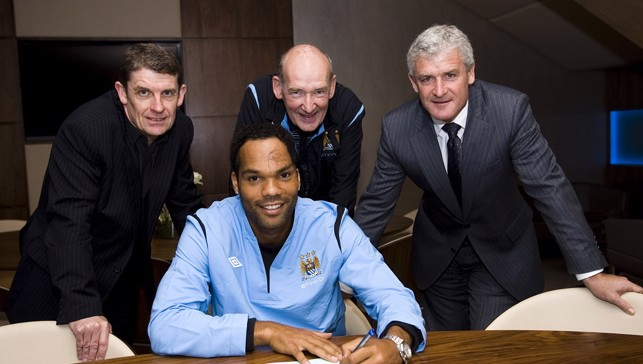 2009: Joleon Lescott signs from Everton
