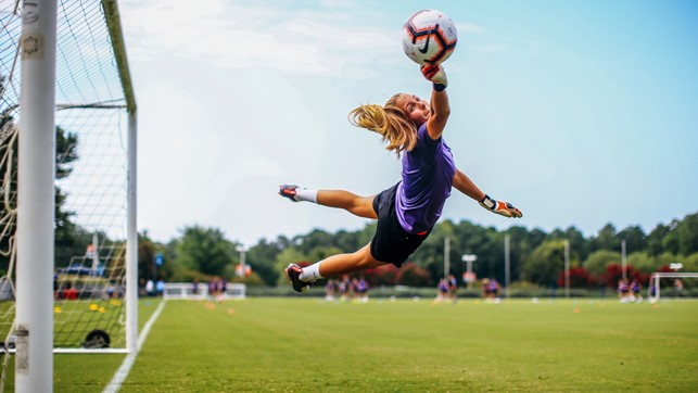 SHE'S A 'KEEPER: Ellie Roebuck with an excellent stop, at full stretch