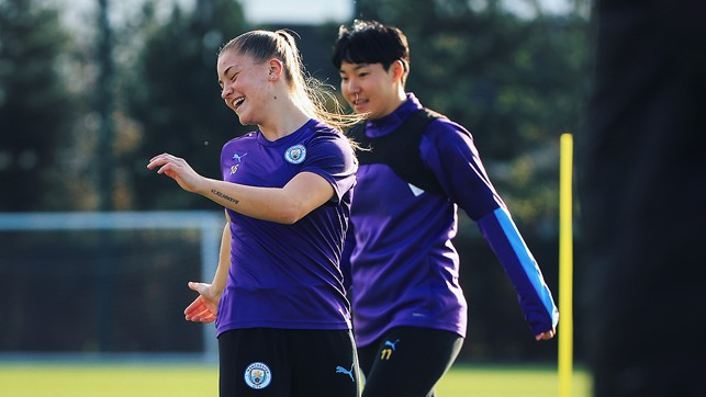 LAUGH IN: Something has given Jess and Lee the giggles!
