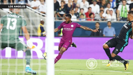 Sterling marcando contra o Real Madrid