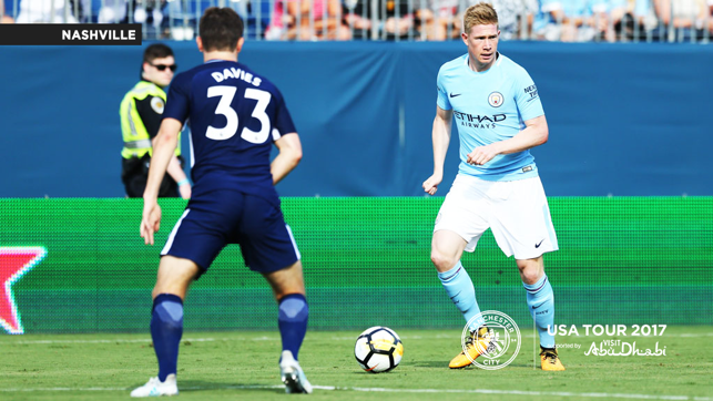 WHO'S OPEN: De Bruyne searches for a teammate