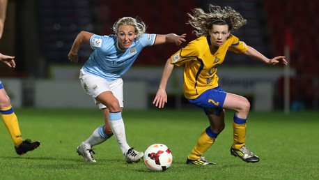 Toni-Duggan-in-training-MF3B3705.jpg