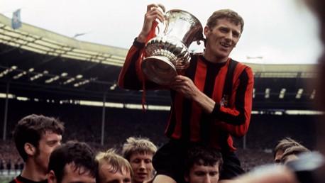 Video FA cup History April