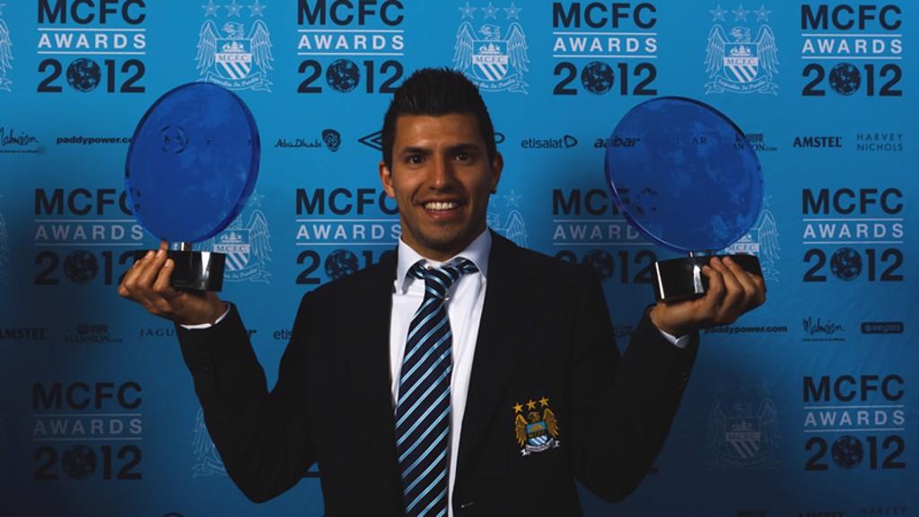 b3b9a5750736 Sergio Aguero wins Etihad Player of the Year Award