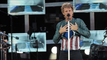 Bon Jovi holding the audience in the palm of his hand