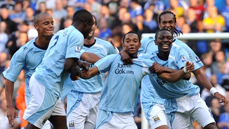 Robinho makes an instant impact scoring on his debut against Chelsea