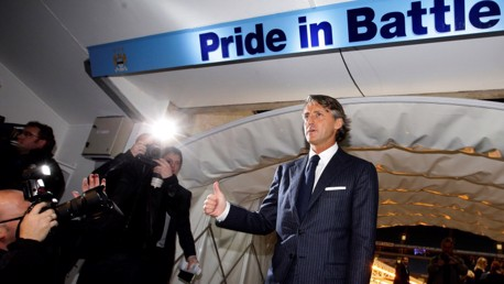 Mancini makes his debut as City boss on Boxing Day, 2009