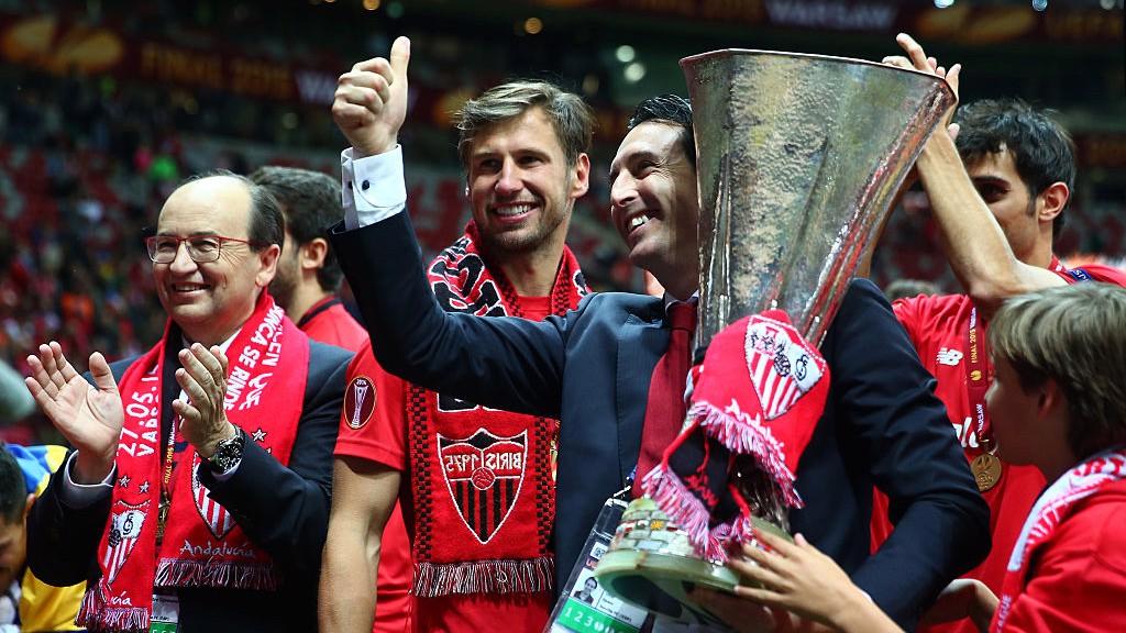 EUROPA LEAGUE. Emery, tres veces campeón con el Sevilla.