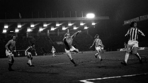 Francis Lee goal v Plymouth 1974