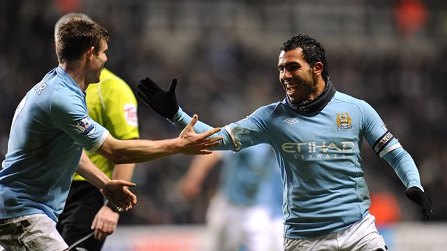Tevez Celebrates his second goal newcastle2