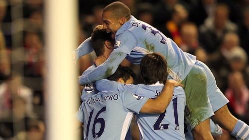 Team Celebrate Dzekos Goal