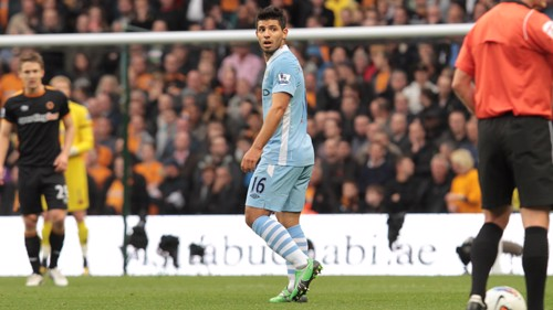 Aguero Dismayed after miss