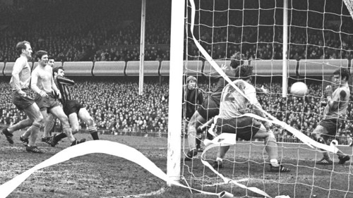 Tommy Booth v Everton